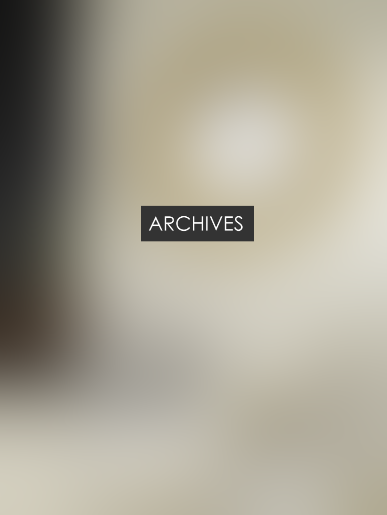 Grand miroir rond max min for Miroir salon